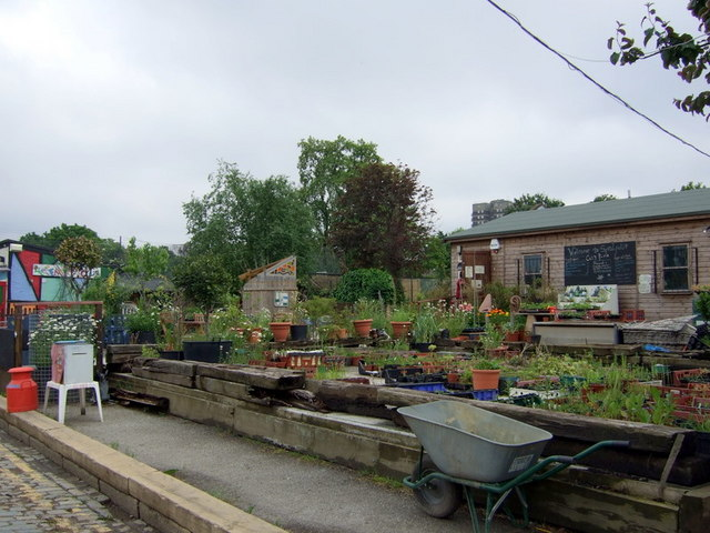 Spitalfields_City_Farm_-_geograph.org.uk_-_821706
